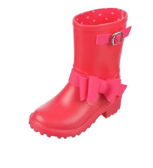 5 Stylish and Affordable Rain Boots for Kids
