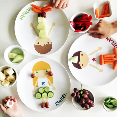 Personalized plates for picky or good eaters. A good trick to keep kids at the table during dinner: playing with food may help preschoolers become less picky eaters | at Non Toy Gifts