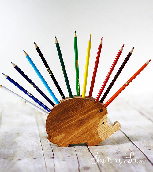 DIY pencil & crayon holder