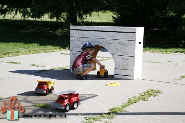 DIY Cardboard Arc de Triomphe