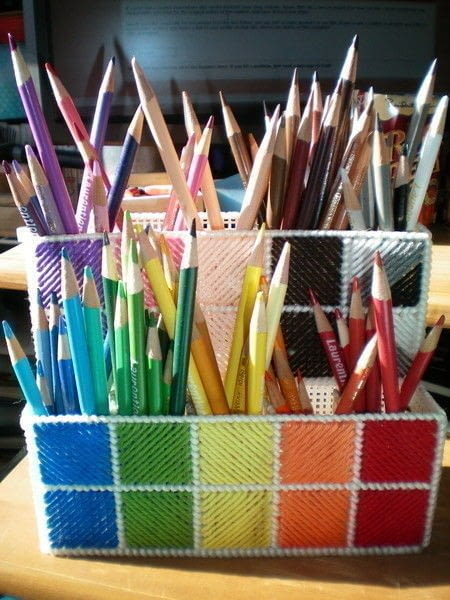 Diy pencil crayon holders non toy gifts Diy pencil holder for desk
