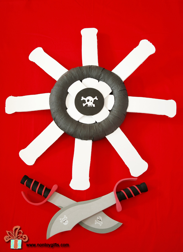 DIY pirate wreath - great for a pirate Halloween or birthday party- at Non Toy Gifts