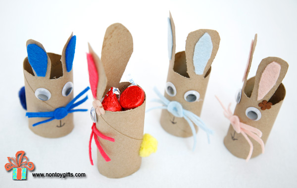 Bunny-shaped Easter candy holder made out of toilet paper rolls.