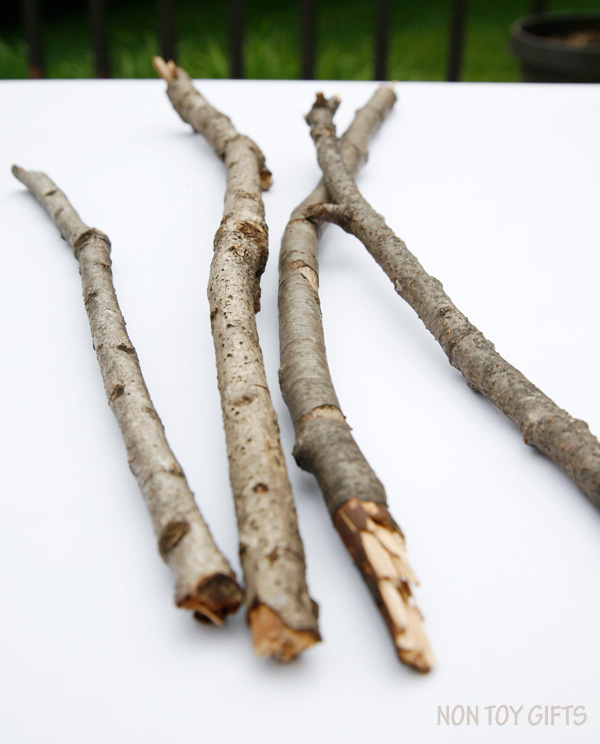 Start your summer craft with a nature walk and gather a few twigs