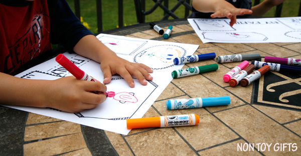 DIY doodle placemats for kids