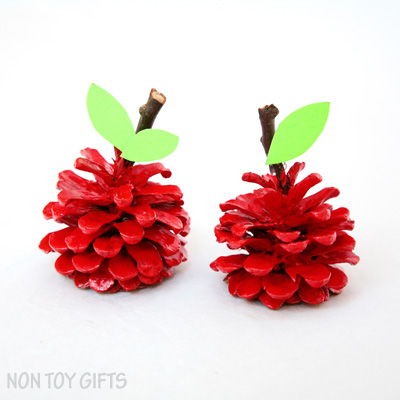 Pinecone Apple Craft