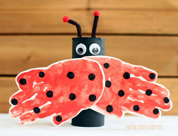 A handprint and paper roll ladybug craft for kids. It is an easy spring craft or for learning about insects.   at Non-Toy Gifts