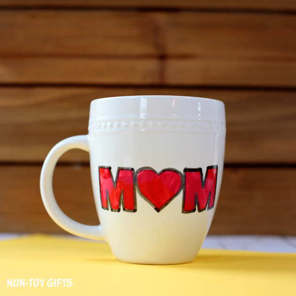 DIY Mother;s Day heart mug - cute and easy gift that kids can make