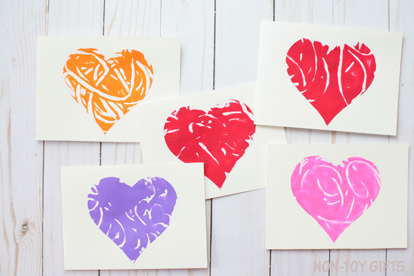 Monoprint heart cards . Easy Mother's Day craft for kids. | at Non-Toy Gifts