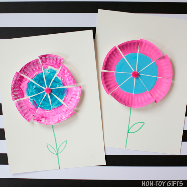 Simple paper plate flower craft for kids to make this spring and summer. | at Non-Toy Gifts