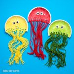 Paper plate jellyfish craft for kids