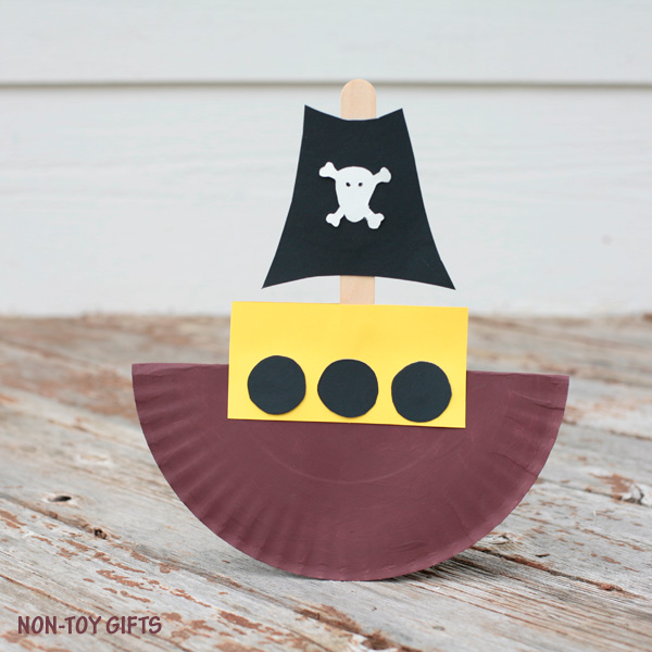 Rocking paper plate pirate ship craft for kids. Little boys will love this craft. | at Non-Toy Gifts