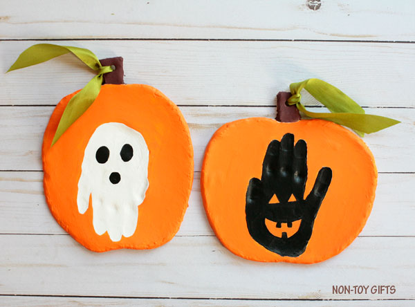 Handprint Halloween keepsake : ghost and Jack-o-Lantern
