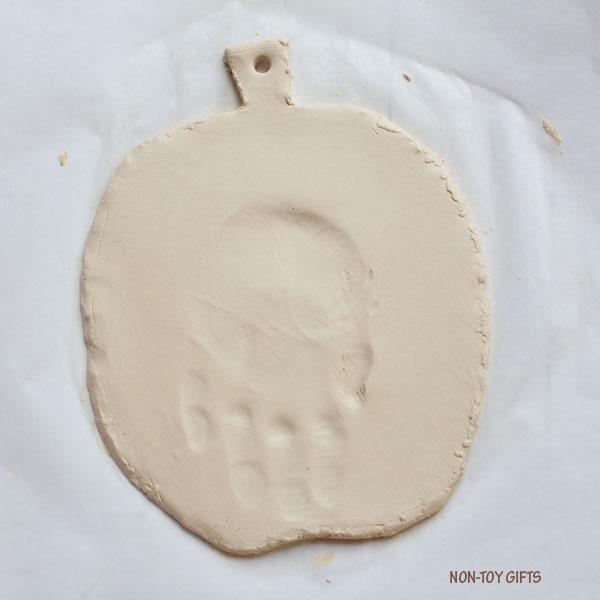 Handprint Halloween keepsake 2
