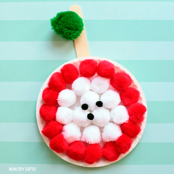 Pom pom and paper plate apple craft