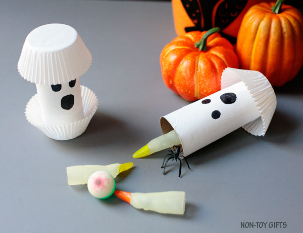DIY paper roll ghost Halloween gifts or treats