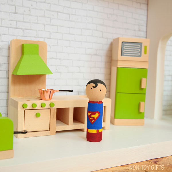 DIY superhero house Superman