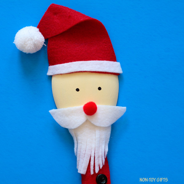 Wooden Spoon Santa Puppet Christmas Craft