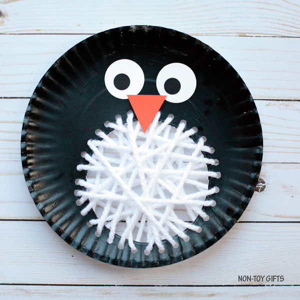Paper plate penguin craft for kids : paper plate penguin craft - pezcame.com