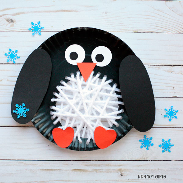 Paper plate penguin with yarn belly