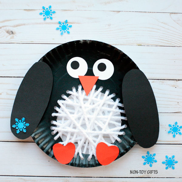 Paper plate winter craft for kids