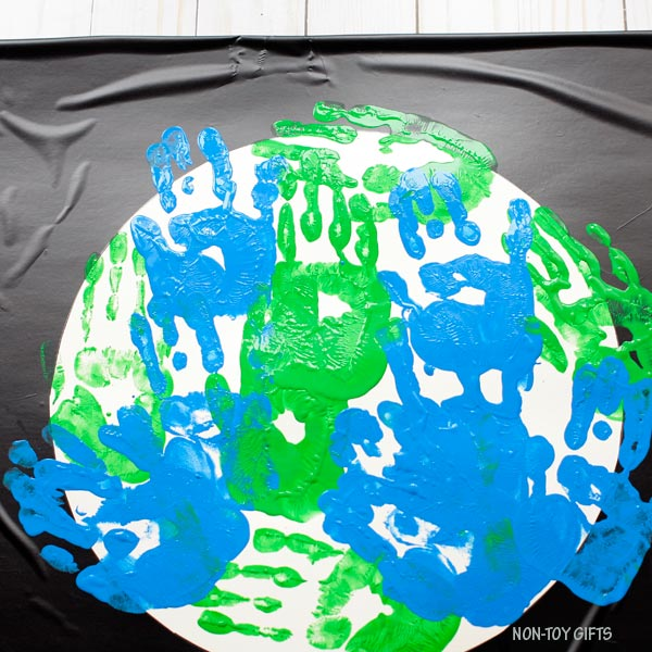 Handprint Earth