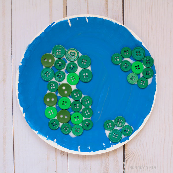 Button continents