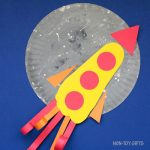 Paper plate footprint Father's Day craft