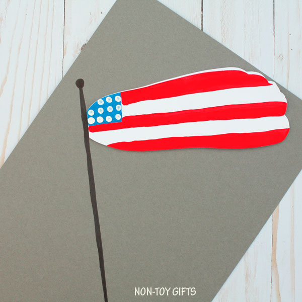 Footprint flag craft for kids