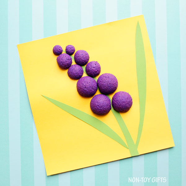 Styrofoam ball hyacinth flower craft for preschoolers and kindergartners