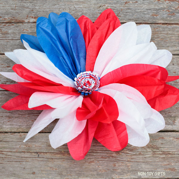Tissue paper patriotic flower wreath