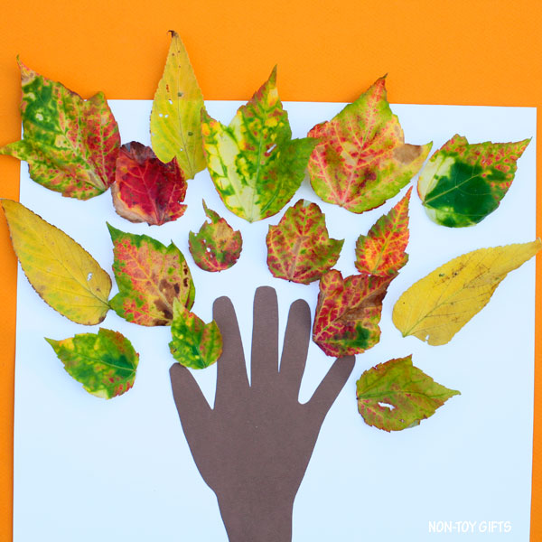 Easy fall tree craft for preschoolers