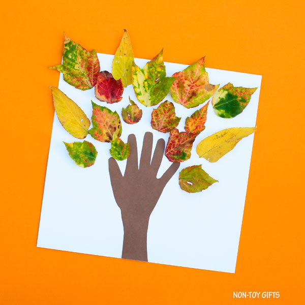 Classroom fall tree craft