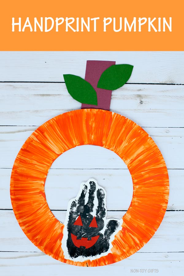 Handprint pumpkin paper plate craft
