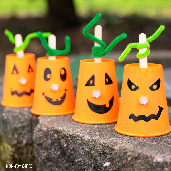 Jack'O'Lantern pumpkin craft