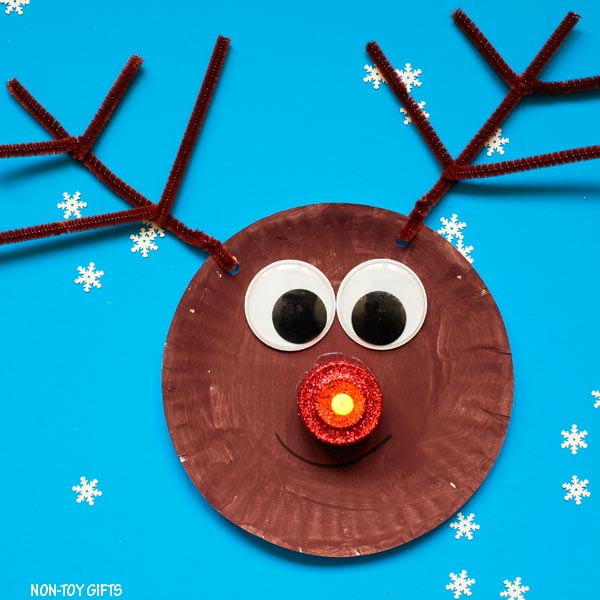 Easy paper plate Christmas craft