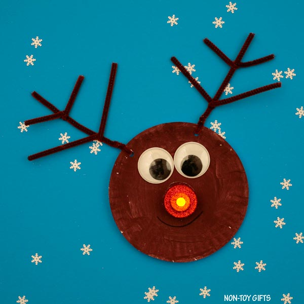 Glowing nose reindeer craft
