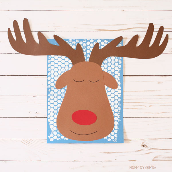 Sleeping reindeer craft for kids