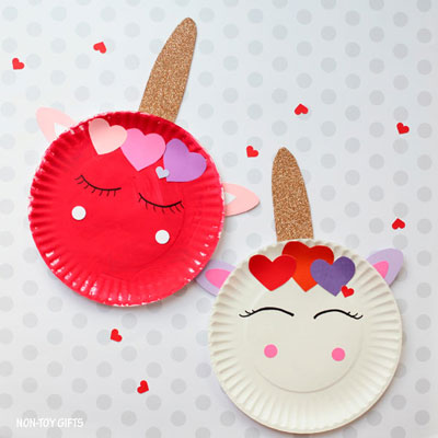 Paper plate Valentine unicorn craft