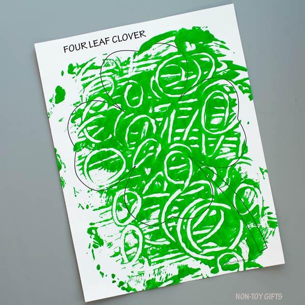 Green clover template
