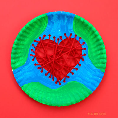 Paper plate Earth heart craft