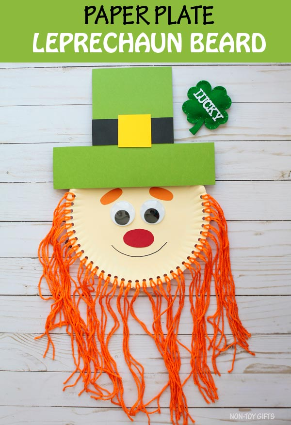 Paper plate leprechaun beard craft for kids. Trim the leprechaun's beard - fine motor skills activity for preschoolers. St Patrick craft #leprechaun #nontoygifts #paperplate #yarncraft