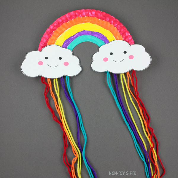 Paper plate and yarn rainbow craft for kids