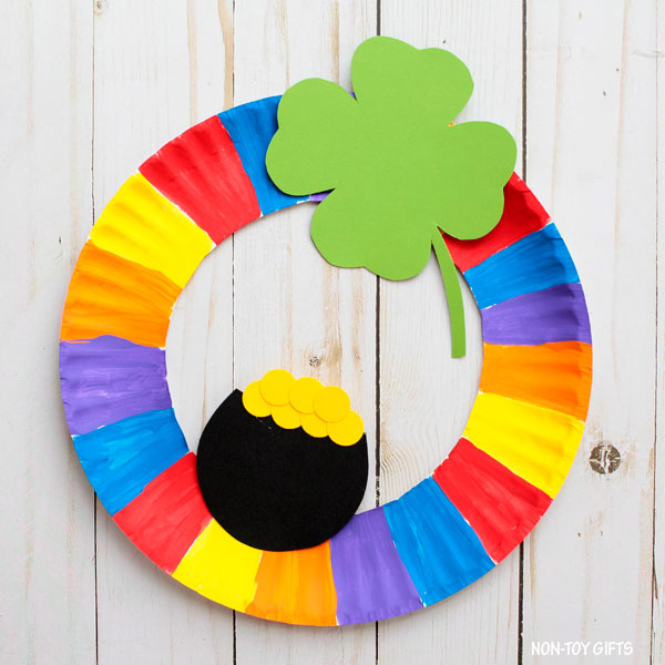 Easy St Patrick's Day craft for preschoolers
