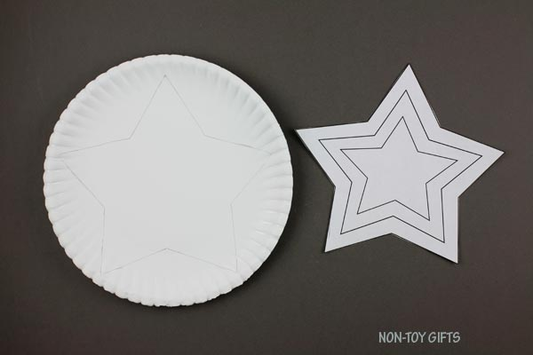 Big star on paper plate