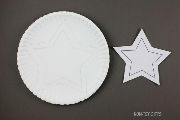 Middle star on paper plate