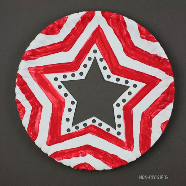 Red painted stars