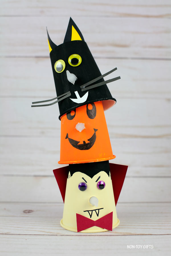 Paper cup Halloween crafts: vampire, pumpkin and black cat