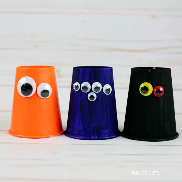 Colorful googly eyes
