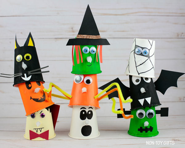 Paper cup Halloween crafts for kids